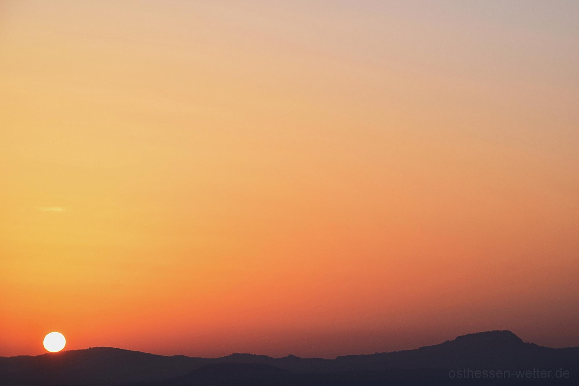 Sonnenaufgang am 28.03.2020 um 06:16:37 CET